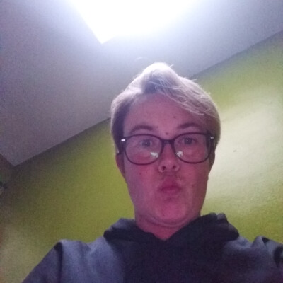 Lesley zoekt een Studio in Antwerpen
