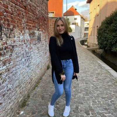 Lene zoekt een Kamer / Appartement / Studio in Antwerpen